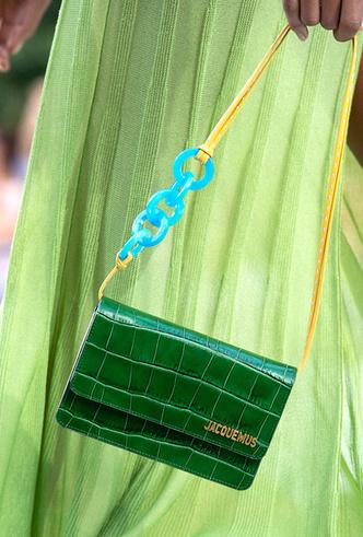 Фото №17 - Самые модные сумки сезона весна-лето 2019