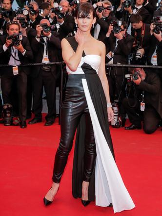 Фото №4 - За гранью: худшие наряды гостей Каннского кинофестиваля прошлых лет