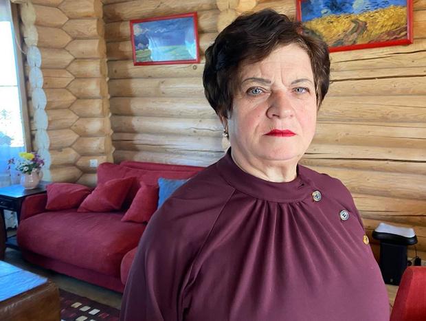 Вот так выглядит мама Ирины Пеговой в ее платье.