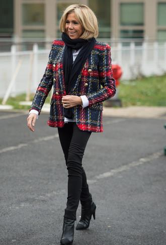 Фото №15 - Первая леди стиля: 10 лучших выходов Брижит Макрон в 2017 году