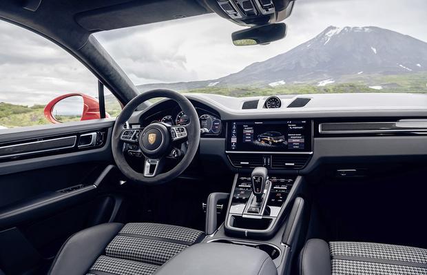 Фото №2 - Porsche Cayenne: премиальный кроссовер-купе