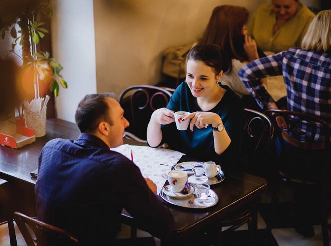Фото №2 - «Поэзия сближает»: Юлиус Майнл предлагают обменять кофе на чувства