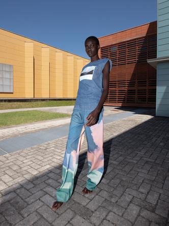 Фото №4 - Кроп-топы и сарафаны из денима: 9 джинсовых вещей Sportmax для нового сезона