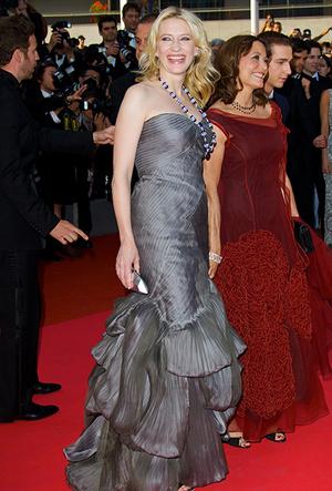 Фото №21 - Королева Канн: Кейт Бланшетт и ее модные образы за всю историю кинофестиваля
