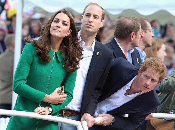Фото №1 - Уильям, Кейт и Гарри не поедут на Олимпиаду из-за вируса Зика