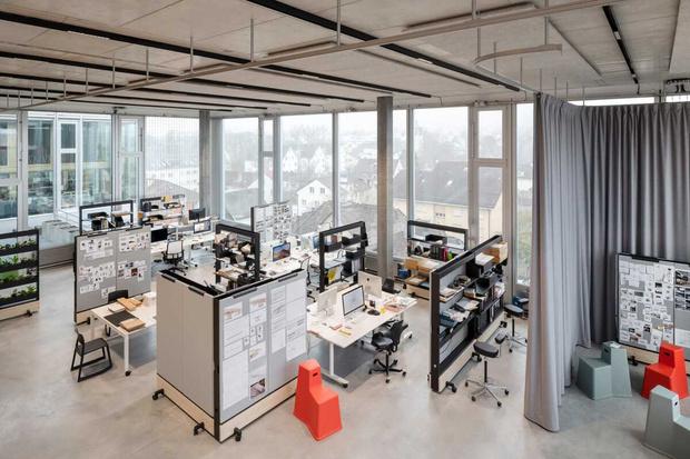 Фото №4 - Танцующий офис: студия дизайнера Стефана Хюрлеманна