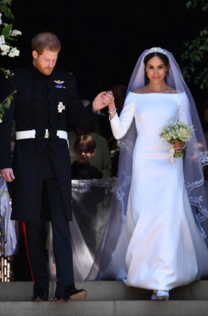 Фото №5 - Баварская принцесса Софи вышла замуж в копии платья Меган Маркл