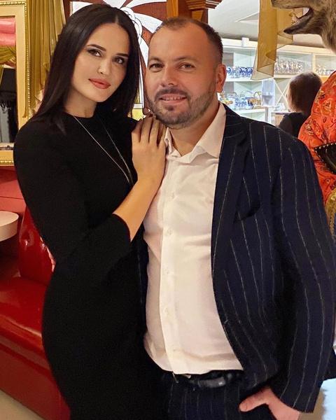Фото №4 - «Начинаю верить в чудо»: дочь Сумишевского чуть не погибла спустя 42 дня после смерти его жены