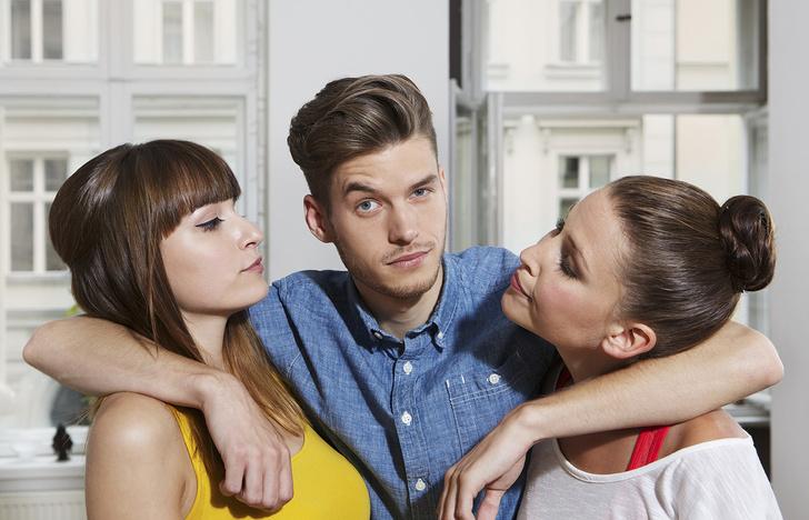 Фото №4 - Как встречаться с несколькими девушками сразу без угрозы для жизни и угрызений совести