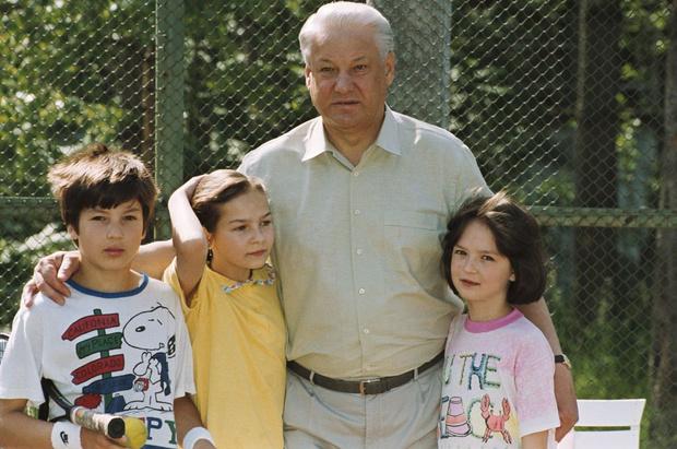Фото №1 - Потомки президента: как живут и чем занимаются внуки Бориса Ельцина
