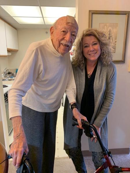 Фото №3 - Как 104-летний врач стал отцом 9 тысяч детей: невероятная история