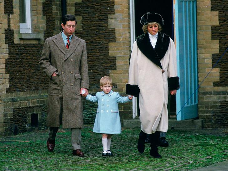 Фото №9 - Королевский сезон: 5 осенних образов принцессы Дианы, которые вы захотите повторить