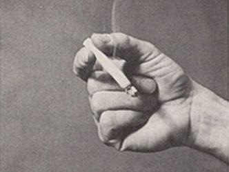 Фото №7 - Определить характер человека по тому, как он держит сигарету (ретротест в картинках)