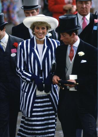 Фото №18 - Никто не идеален: самые неудачные наряды принцессы Дианы
