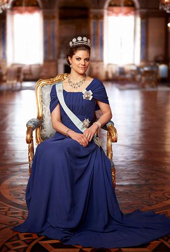 Фото №2 - Кронпринцесса Виктория: королева шведских сердец