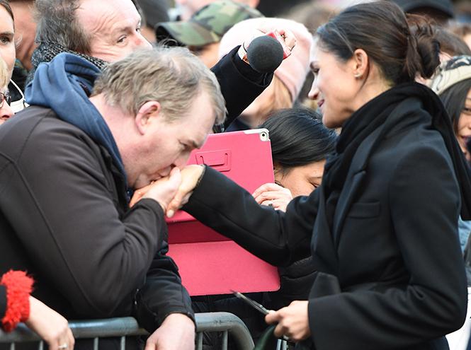 Фото №17 - Принц Гарри и Меган Маркл впервые посетили столицу Уэльса