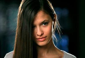 Любовь Аксенова с длинными волосами