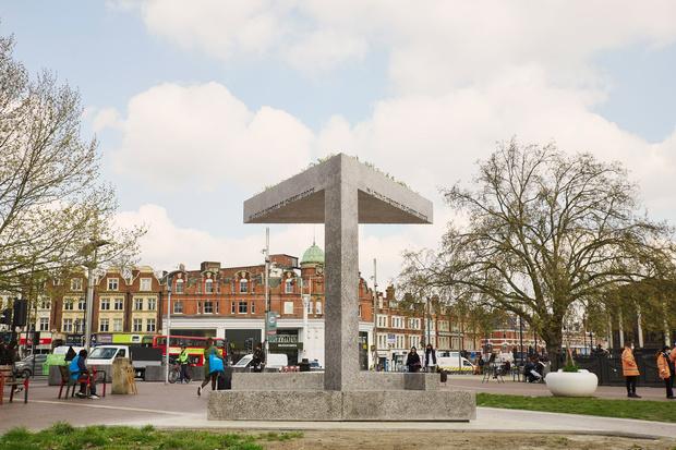 Фото №1 - Мемориал Черри Гроус в Брикстоне по проекту Дэвида Аджайе