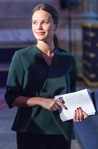 Фото №12 - Кейт, Шарлен или Меган: чьи наряды оказались самыми дорогими в 2018 году