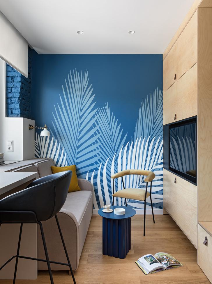 Фото №3 - Цветная студия 25 м² с кроватью на подиуме