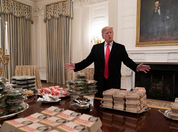 Фото №1 - Как президент Трамп пошутил над диетой жены (но заставил всех смеяться над собой)