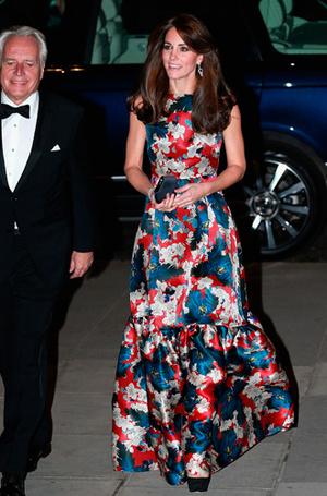 Фото №4 - Парный выход: Принц Гарри и Меган Маркл на свадьбе друзей