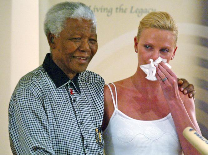 Фото №2 - Шарлиз Терон: «Моя мама и Нельсон Мандела - вот те люди, которые восхищают меня безгранично»