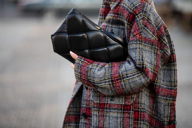Фото №1 - Топ-5 вещей с AliExpress, которые можно носить круглый год