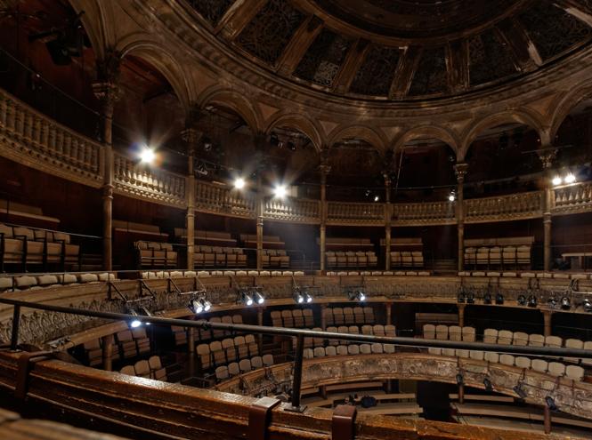 Фото №14 - Летим в театр: 10 лучших театральных подмостков Парижа