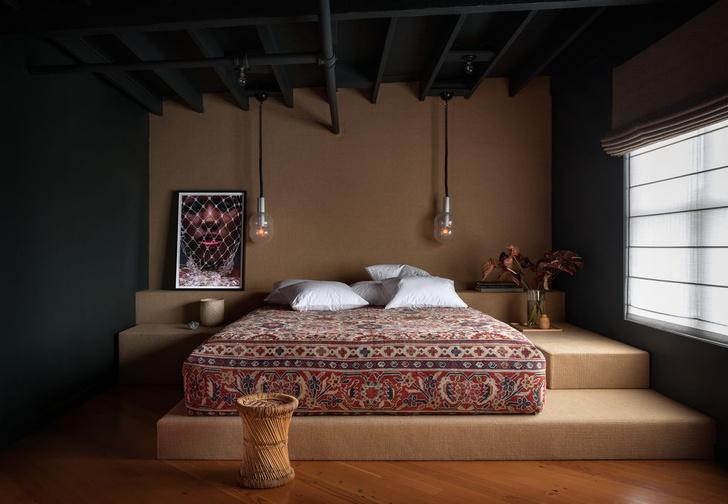 Фото №1 - Вопросы читателей: кровать на подиуме