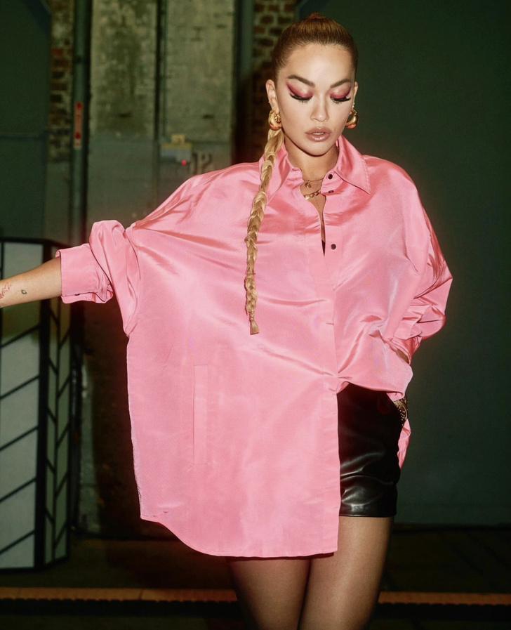 Фото №3 - Та-самая-розовая-рубашка: на этот раз— у Риты Оры