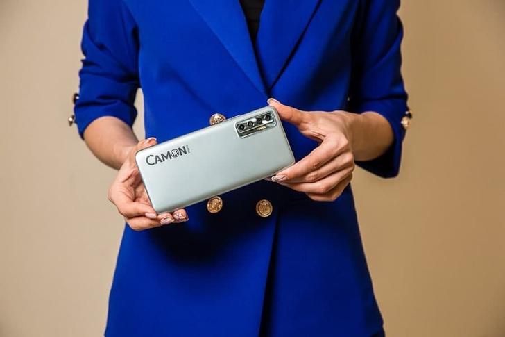 Фото №1 - Для геймеров и любителей портретных фото: бренд TECNO представил новые модели смартфонов