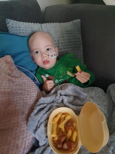 Фото №3 - «Он просто растет»: врачи проглядели агрессивный рак у малыша