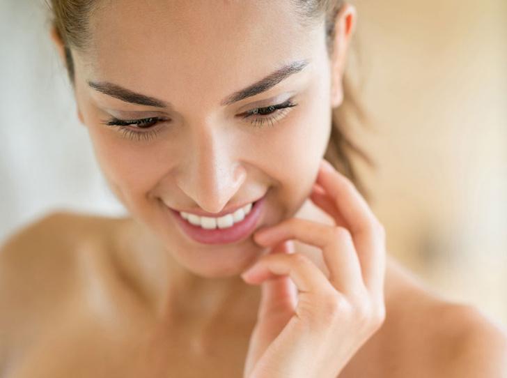 Фото №1 - Ретинол, мыло и еще 5 приемов, чтобы замедлить старение кожи