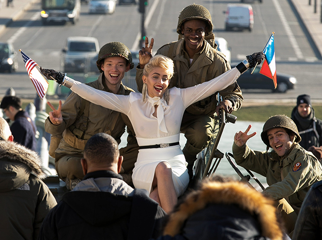 Фото №1 - Новая Material Girl: дочь Майкла Джексона стала копией юной Мадонны