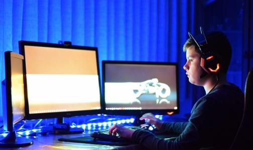 Фото №1 - Петербургский академик: Компьютеры разрушают связи нейронов в мозге, отвечающие за память