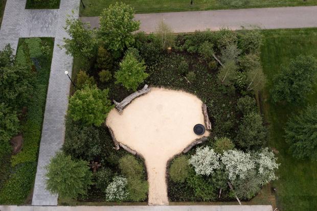 Фото №2 - Рядом с музеем Гараж открылся сад для медитаций