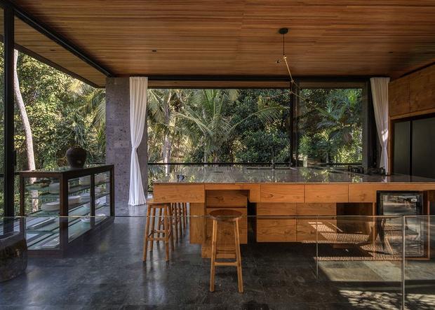 Фото №3 - Под открытым небом: вилла в джунглях Бали