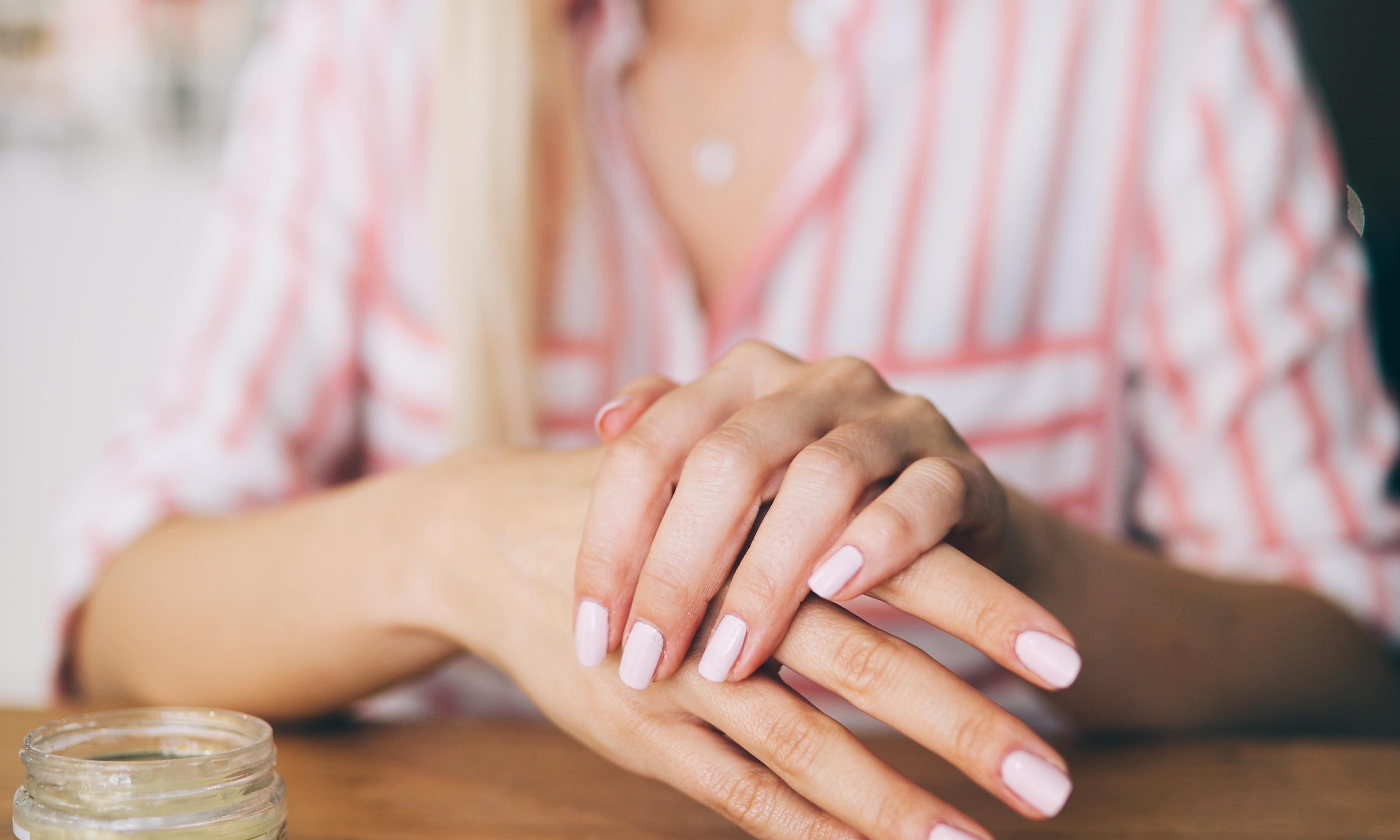 8 народных средств для укрепления ногтей
