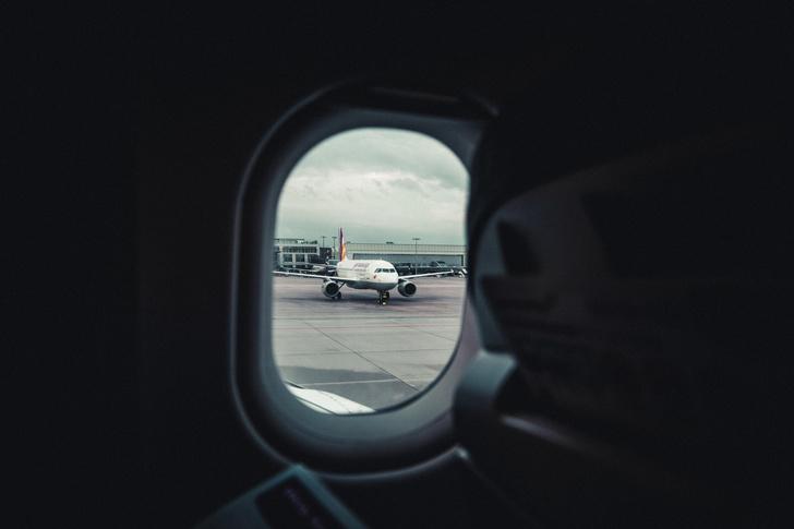 Фото №1 - Пять причин полюбить последний ряд в самолете