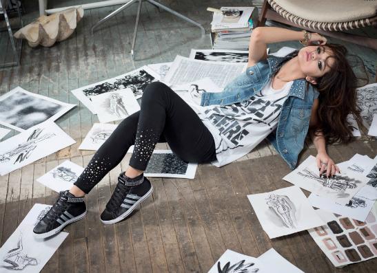 Фото №1 - Селена Гомес представила в Берлине первую коллекцию adidas NEO Label