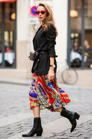 Фото №10 - От алого до бордо: как носить красный цвет повседневно