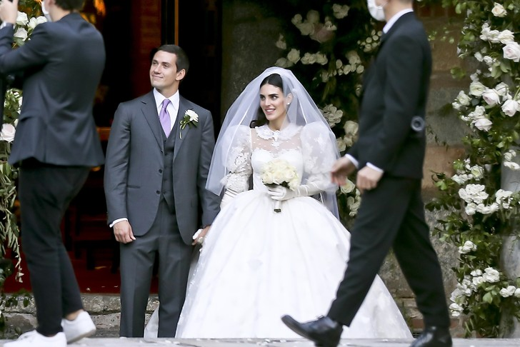Фото №2 - Самые стильные звездные невесты 2020 года, которые нас впечатлили