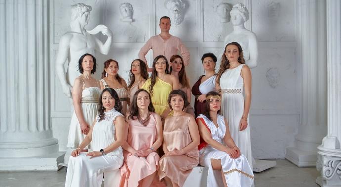 Союз танца и сознания: премьера пластического спектакля «БОГinЯ»