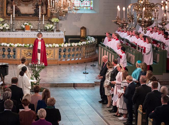 Фото №4 - Как король и королева Норвегии отметили золотую свадьбу