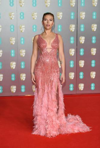 Фото №27 - BAFTA-2020: самые стильные звезды на ковровой дорожке церемонии