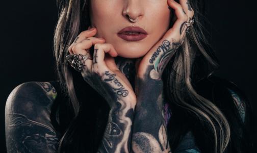 Фото №1 - Петербургский рентгенолог: Современная косметика и татуировки не влияют на результаты МРТ