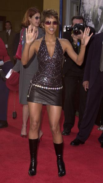 Фото №24 - Беспощадный гламур: 10 трендов из 2000-х, которые актуальны снова