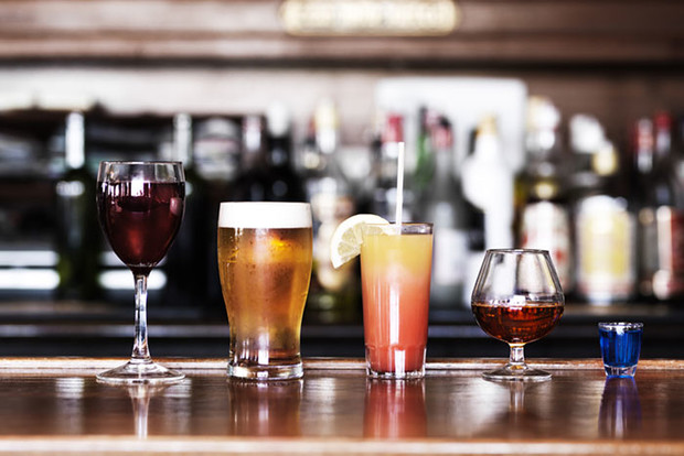 Фото №3 - 5 самых вредных мифов об алкоголе