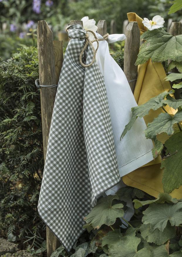 Фото №8 - Модные фартуки и текстиль для кухни